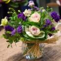 Jarrón de flores de temporada